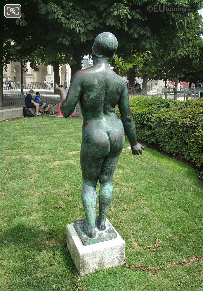 Back View Of L'Ete Statue Paris