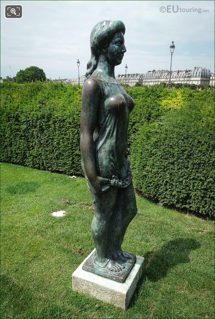 Jardin Du Carrousel Statue Flore
