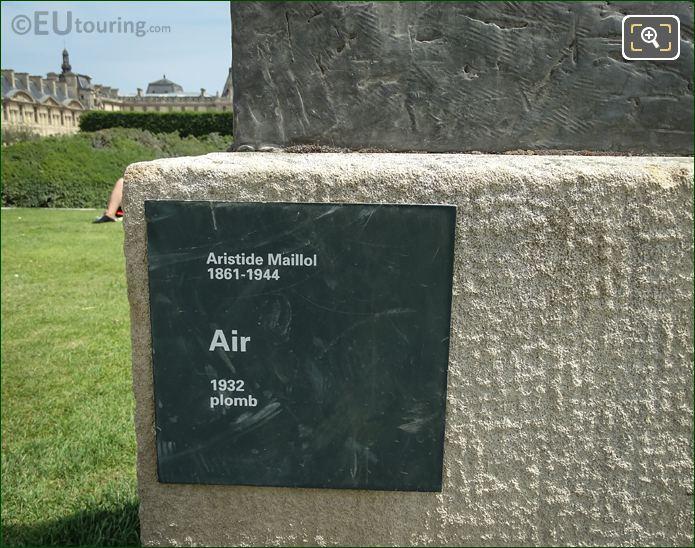 Information Plaque L'Air Statue