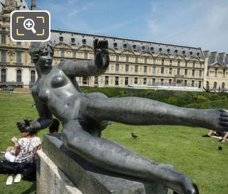 L'Air Monument Jardin Du Carrousel
