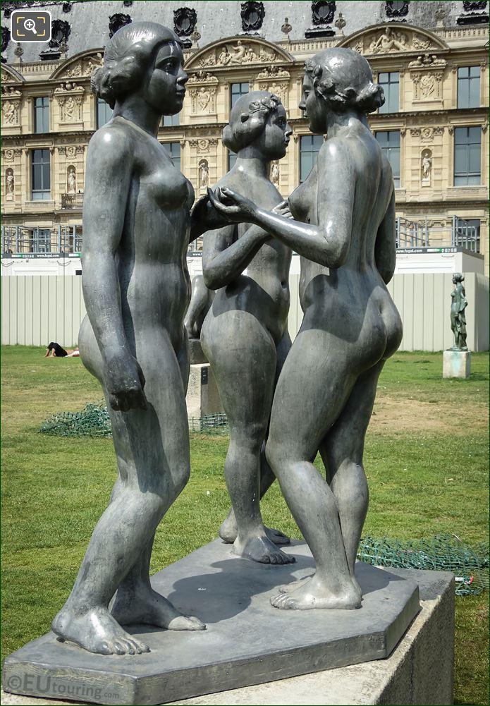 Les Trois Graces Statue Group Jardin Du Carrousel
