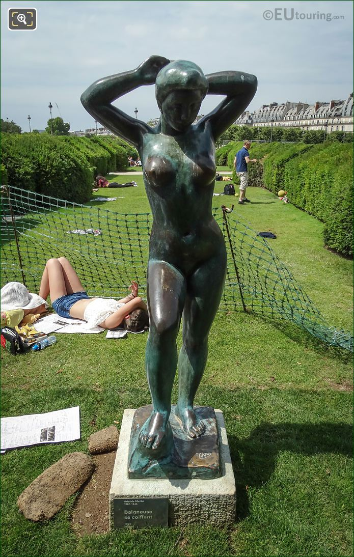Baigneuse Se Coiffant Statue By Aristide Maillol