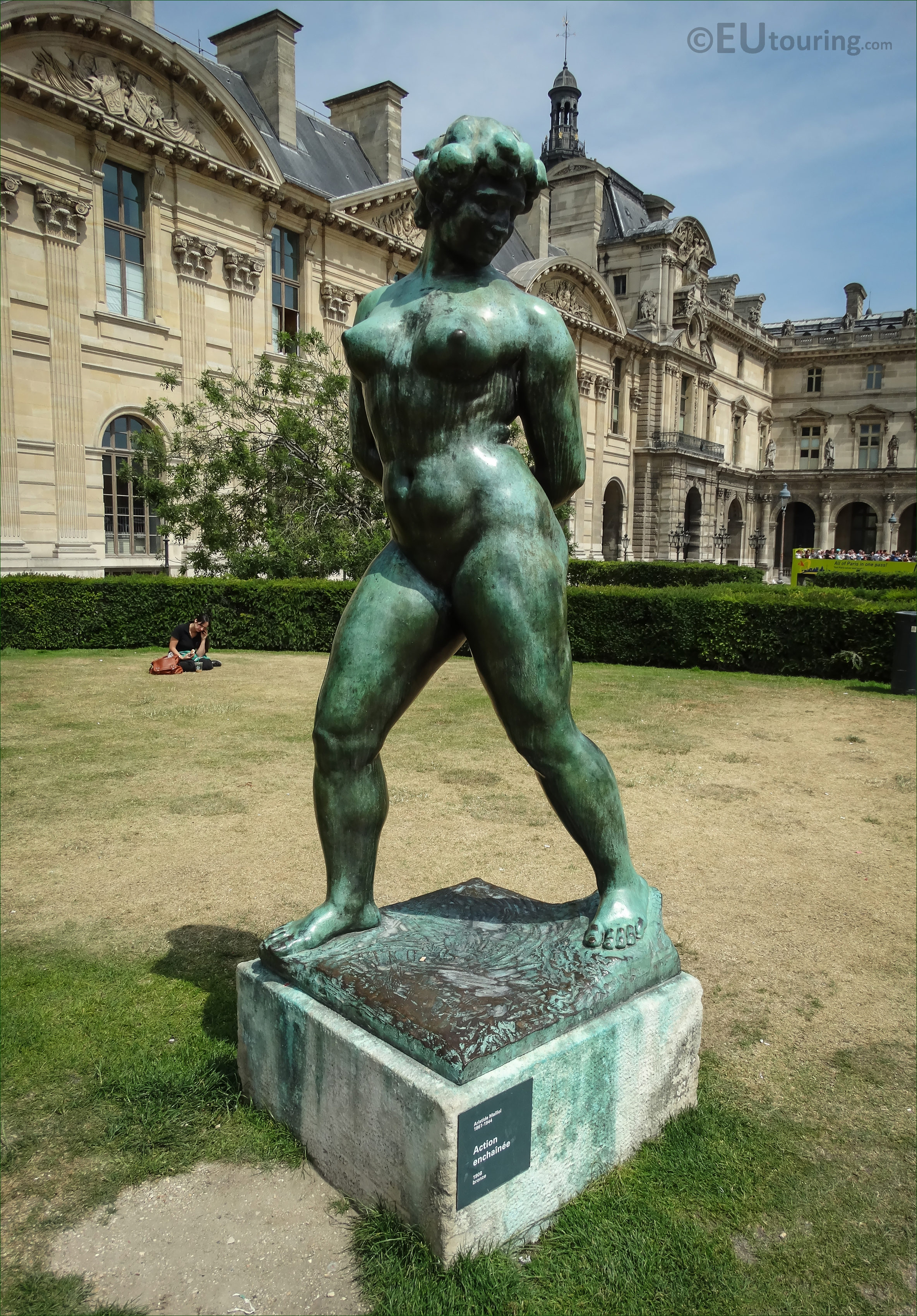 Photos of l 39 action enchainee statue in tuileries gardens page 369 - Statue jardin ...