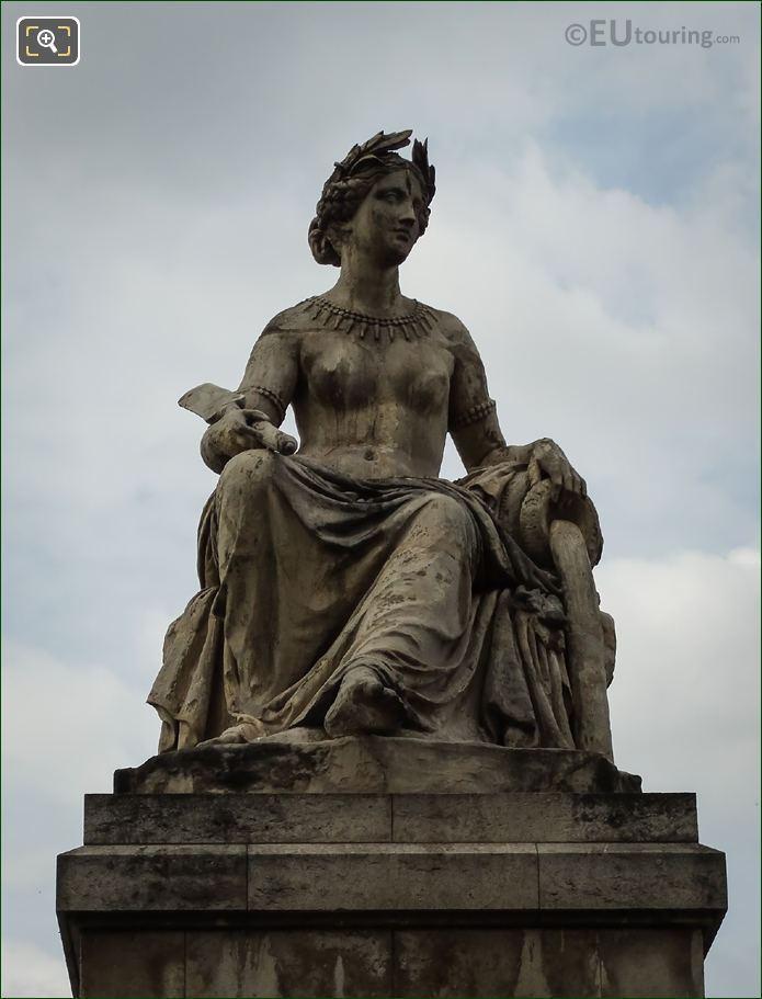 L Petitot Statue La Seine On Pont Carrousel