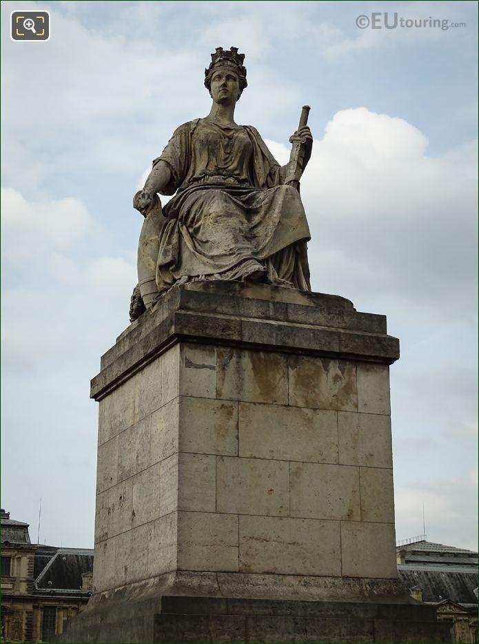 La Ville De Paris Statue On Pont Du Carrousel