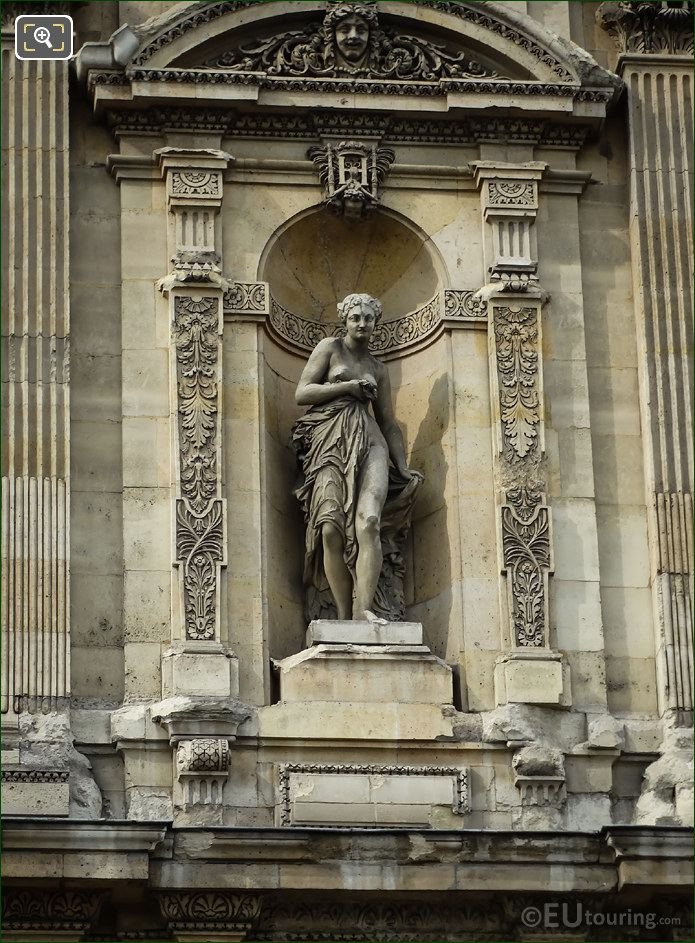 Nymphe Statue On Grande Galerie