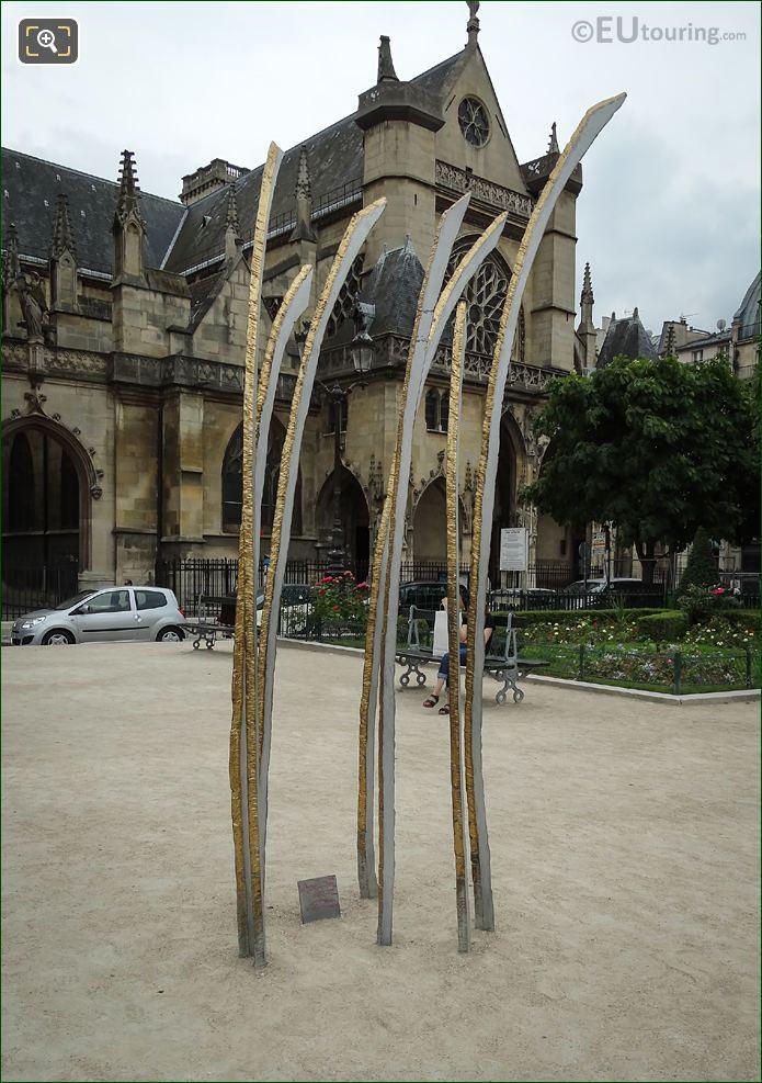 Hautes Herbes Sculpture By Beatrice Guichard