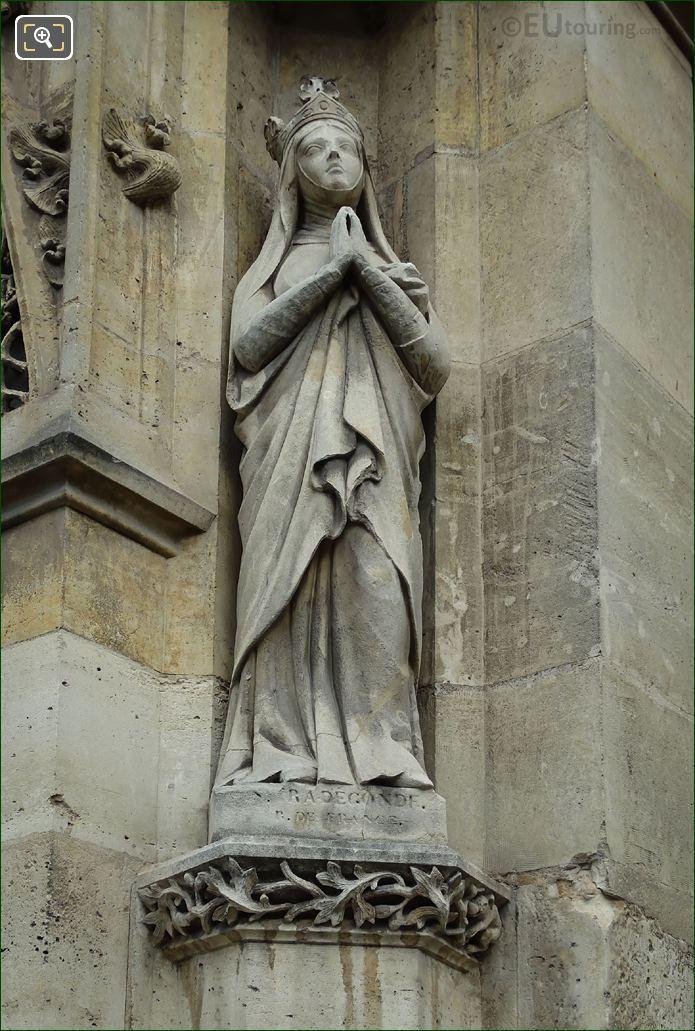 Sainte Radegonde Statue On Eglise Saint-Germain l'Auxerrois