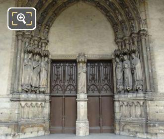 Eglise Saint Germain l'Auxerrois Doorway Statues