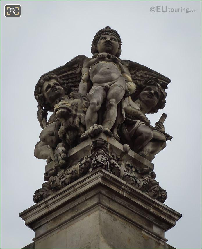 La Force Statue On Pavillon De Beavais