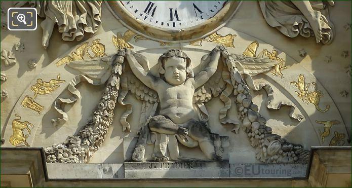 Un Genie Sculpture Palais Du Luxembourg Clock
