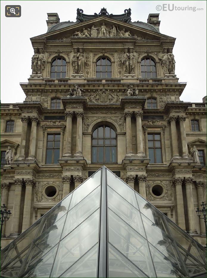 Pavillon Denon Napoleon III Entoure De La Paix Et Des Arts