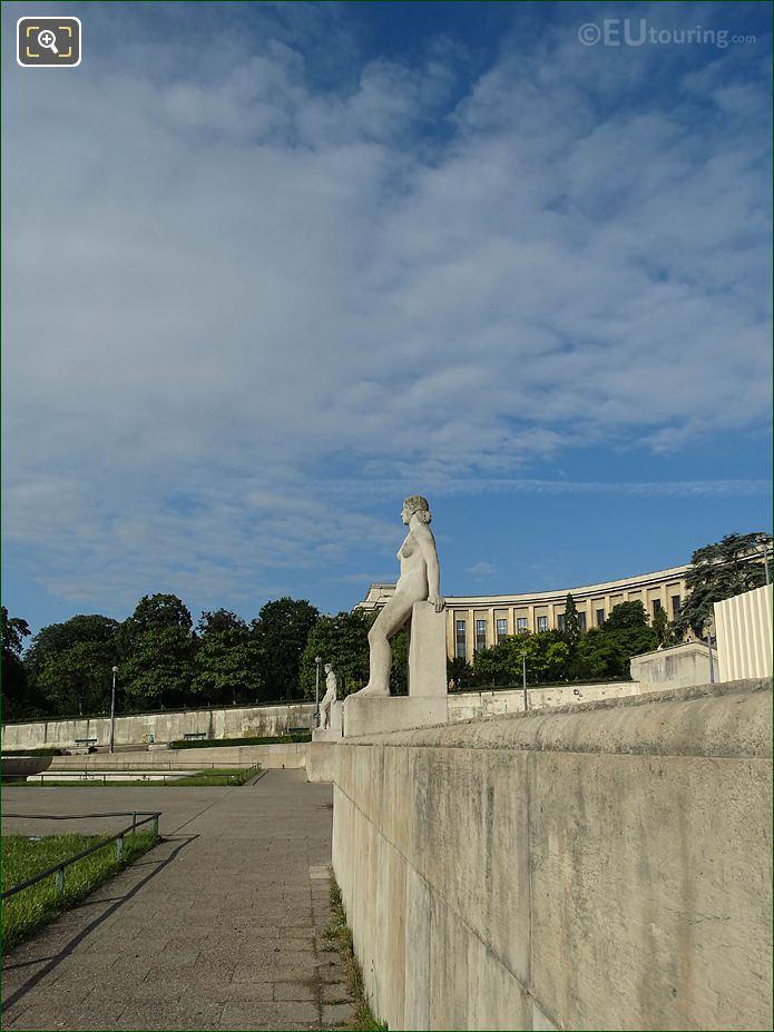 La Femme Statue On Wall In Jardins Du Trocadero