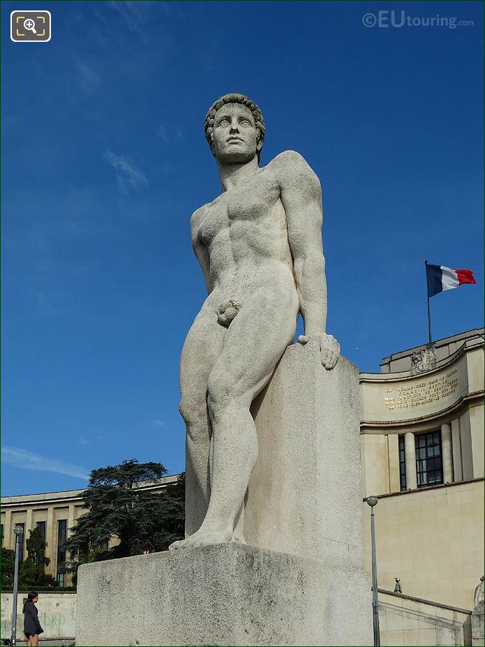 L'Homme Statue By Artist Pierre Traverse