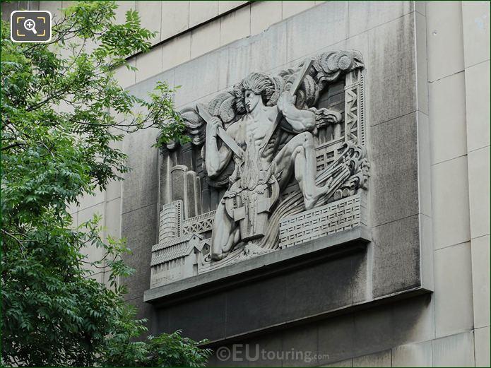 L'Art De La Forge On Palais Chaillot NE Wing