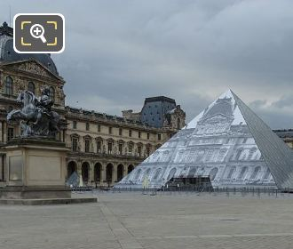 King Louis XIV Equestrian Statue With Louvre I M Pei Pyramid 2016