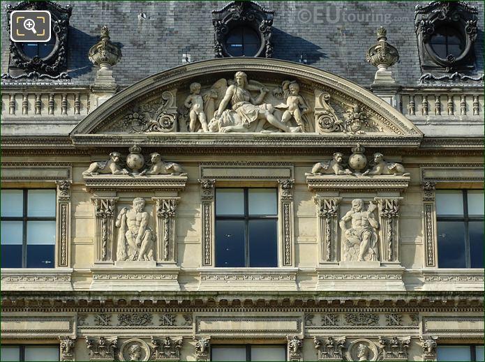 Aile Flore La Force Sculpture Musee Louvre