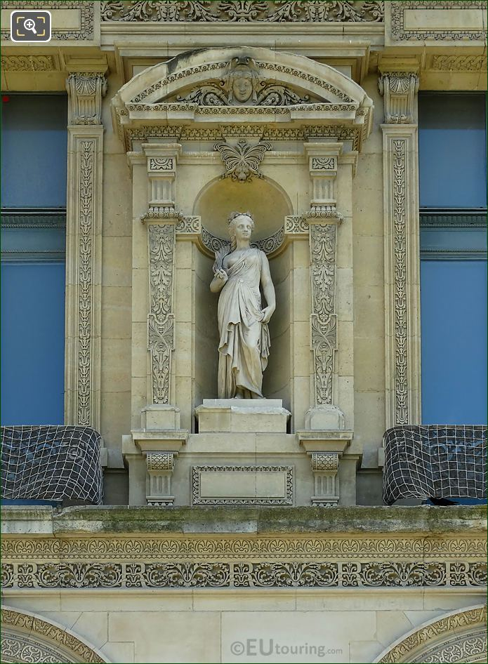 Pavillon Marsan 1st Level Female Statue