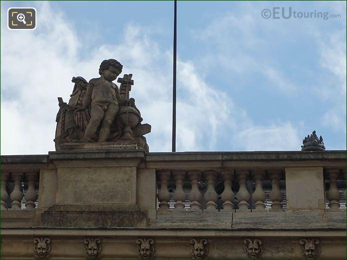 Navigation Statue Aile En Retour Mollien Louvre
