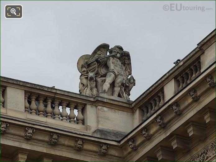 Aile En Retour Mollien West Facade La Chasse Statue