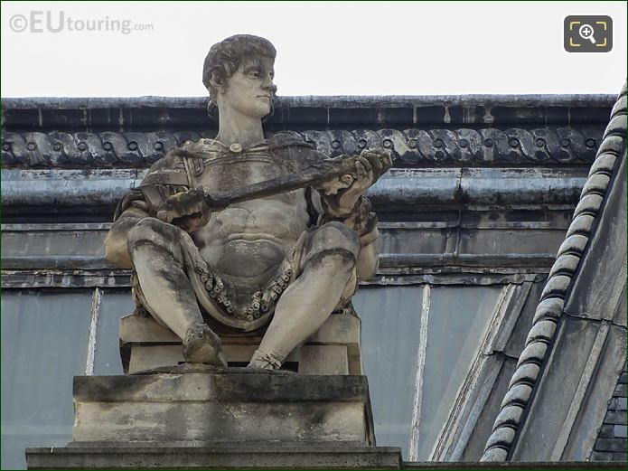 LHS Guerrier Assis Statue Pavillon Tremoille North Facade