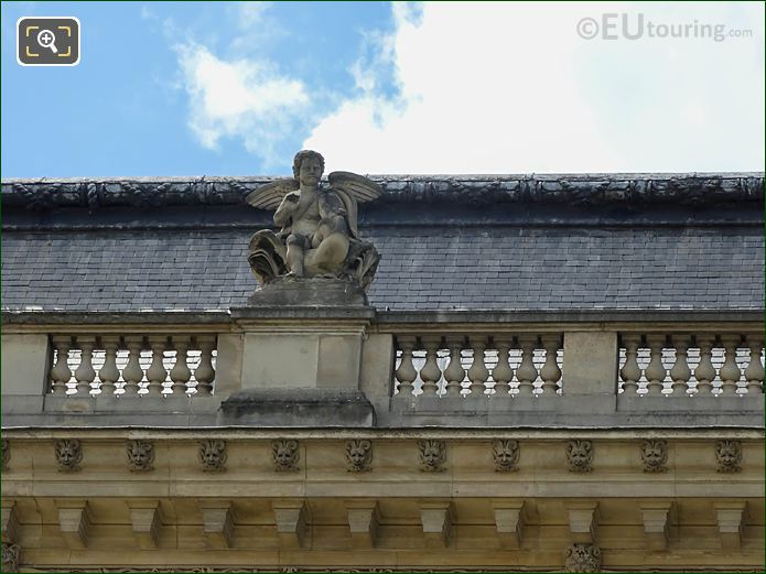 Upper North Facade Pavillon Des Etats Amour Statue