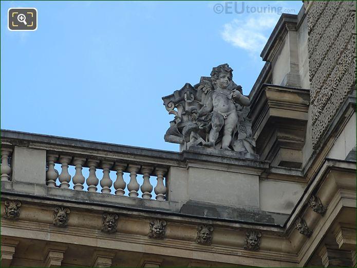 West Facade Aile Henri II La Pierre Statue