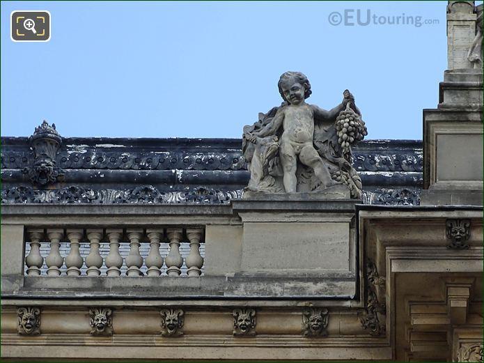 West Facade Aile Henri II L'Automne Statue