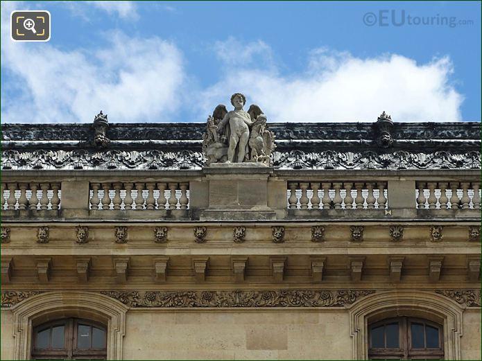 West Facade Aile Henri II L'Empire Statue