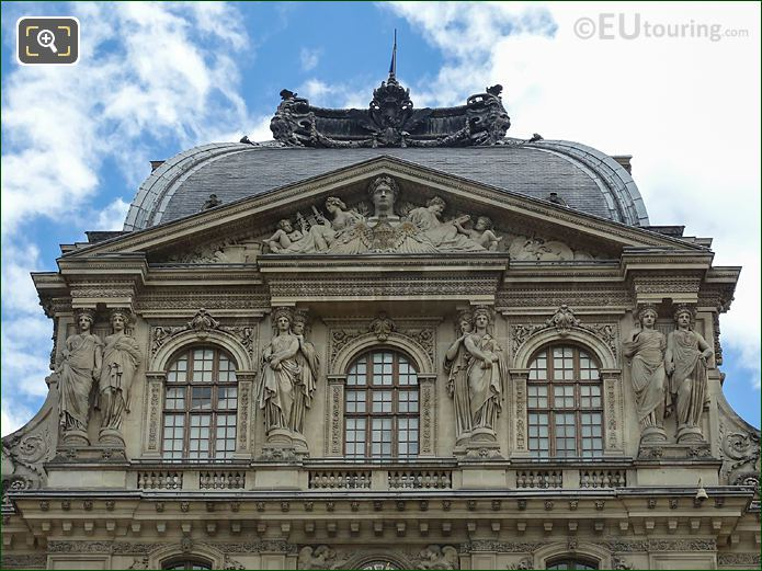 Napoleon 1er Dominant l'Histoire Et Les Arts On Pavillon Sully