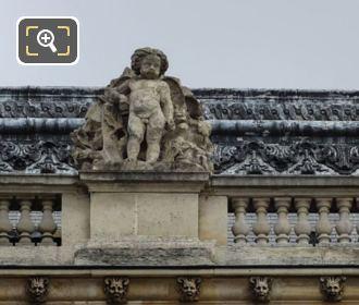 Le Printemps Statue On Aile Henri IV