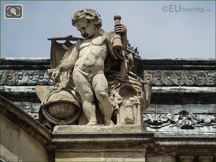 Les Decouvertes Maritimes Statue Rotonde De Beavais