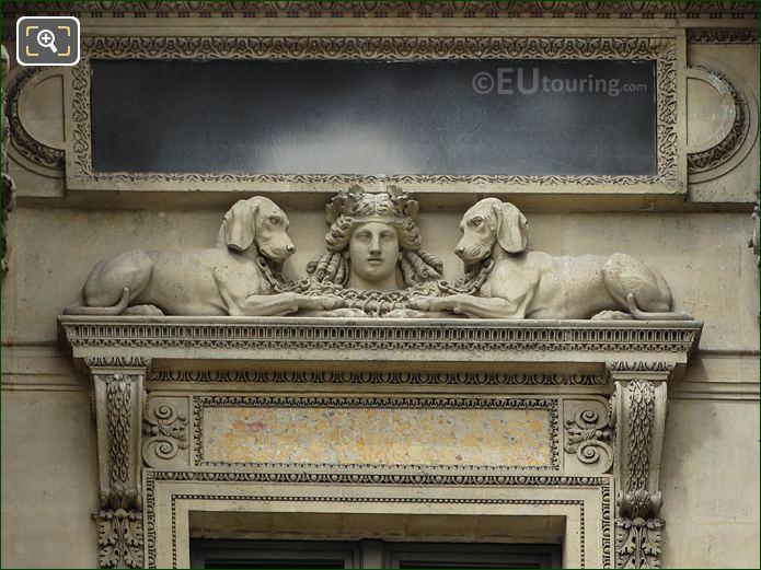 Diane Avec Chiens Sculpture Pavillon Richelieu Musee Du Louvre