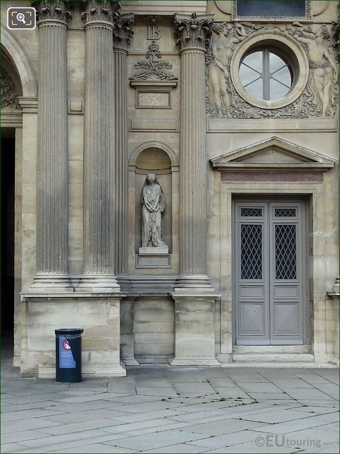 South Facade Aile Nord With Sapho Statue