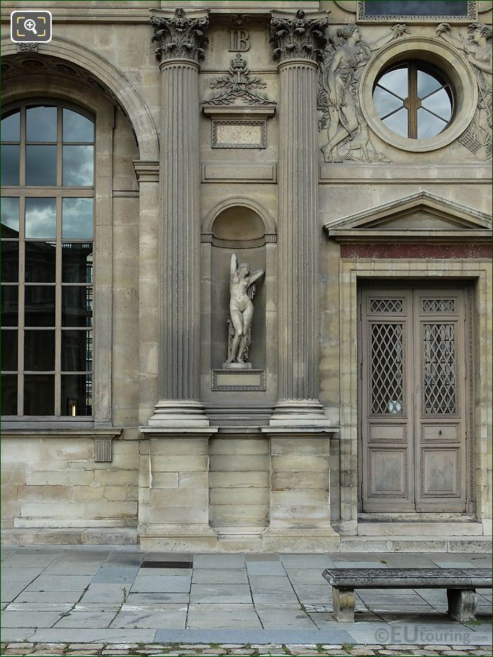 South Facade Aile Nord With Phryne Statue