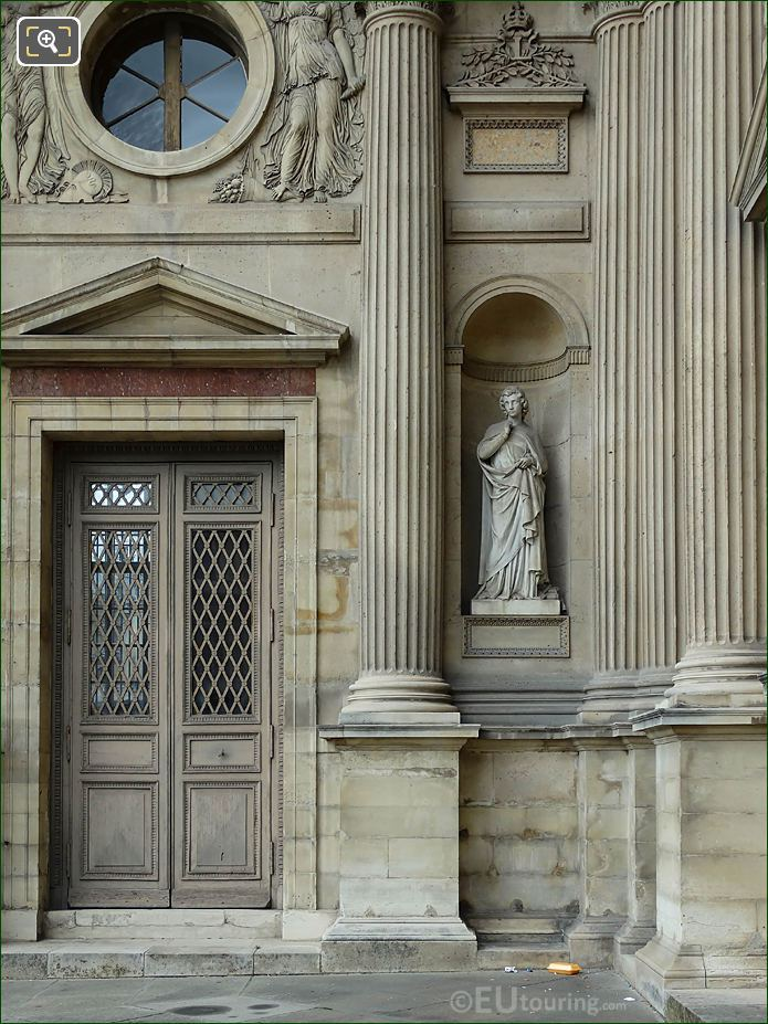 South Facade Aile Nord Statue Art Chretien