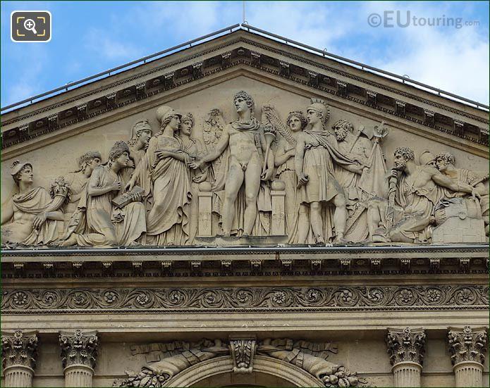 Le Genie De La France Aile Nord Musee Louvre