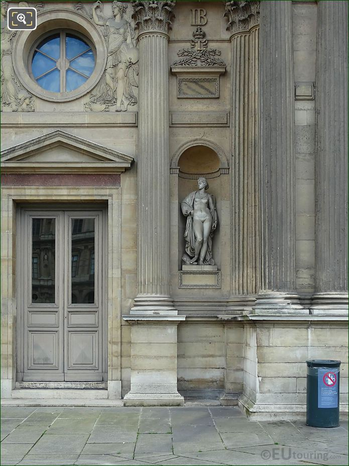 North Facade Aile Sud With Circe Statue