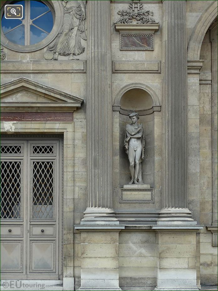 North Facade Aile Sud With Mercure Statue