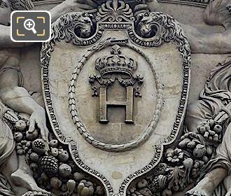 Jean Goujon Sculpture Deux Victoires Couronnant Le Chiffre Du Roi