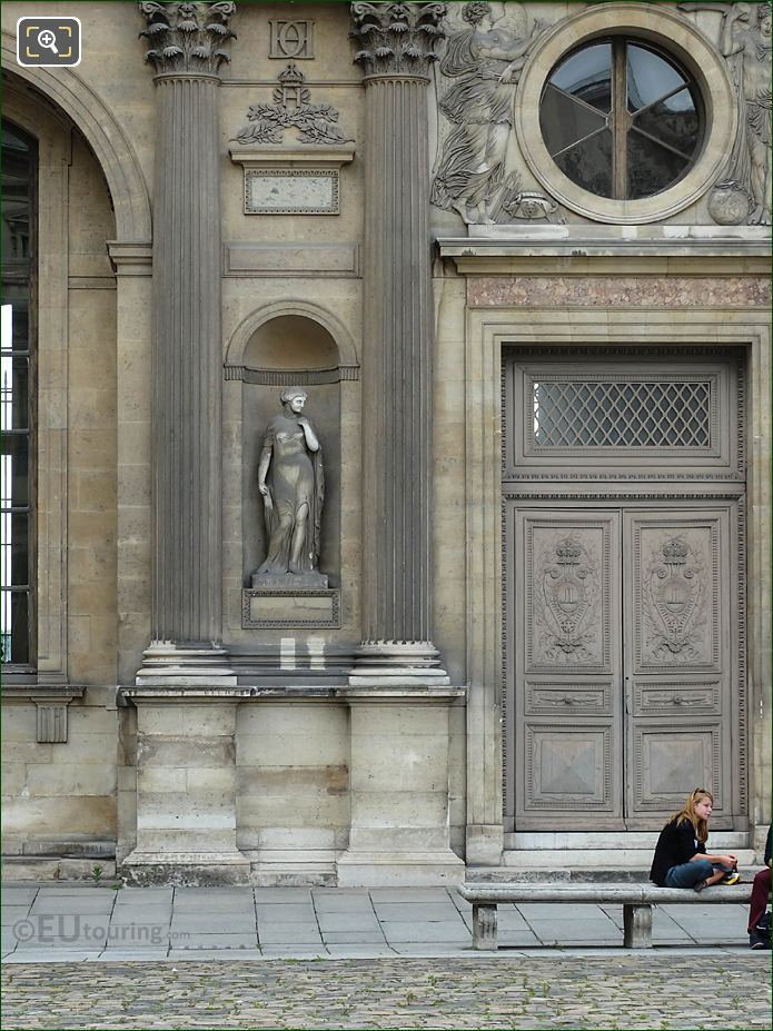 East Facade Aile Lescot With Helene Statue