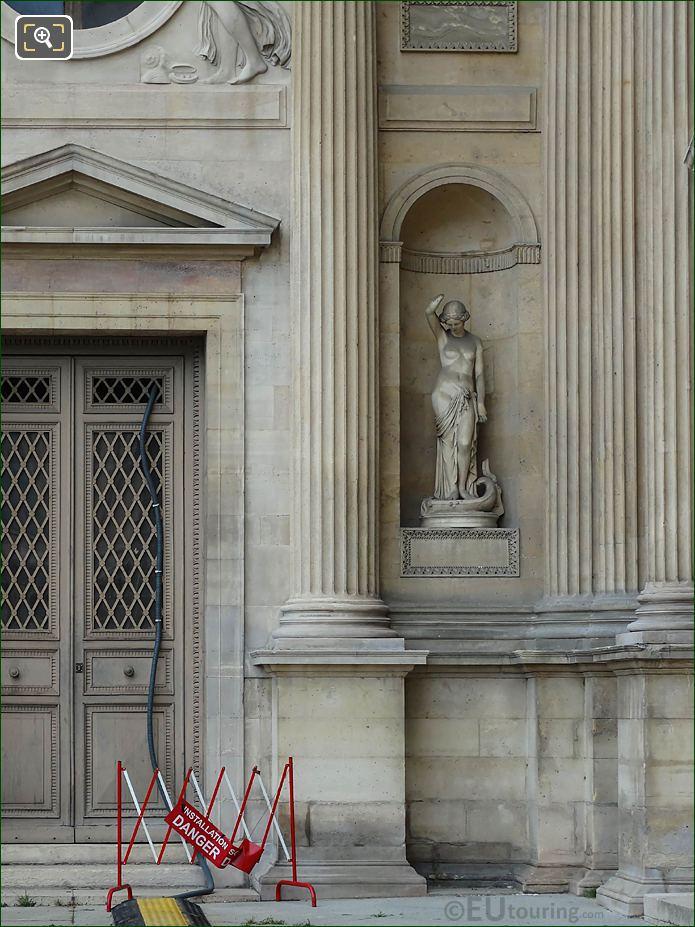 East Facade Aile Lemercier Le Fleuve De La Vie Statue