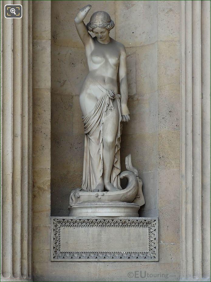 Le Fleuve De La Vie Statue Aile Lemercier Musee Louvre