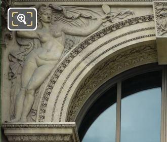 Verite Sculpture Pavillon Richelieu