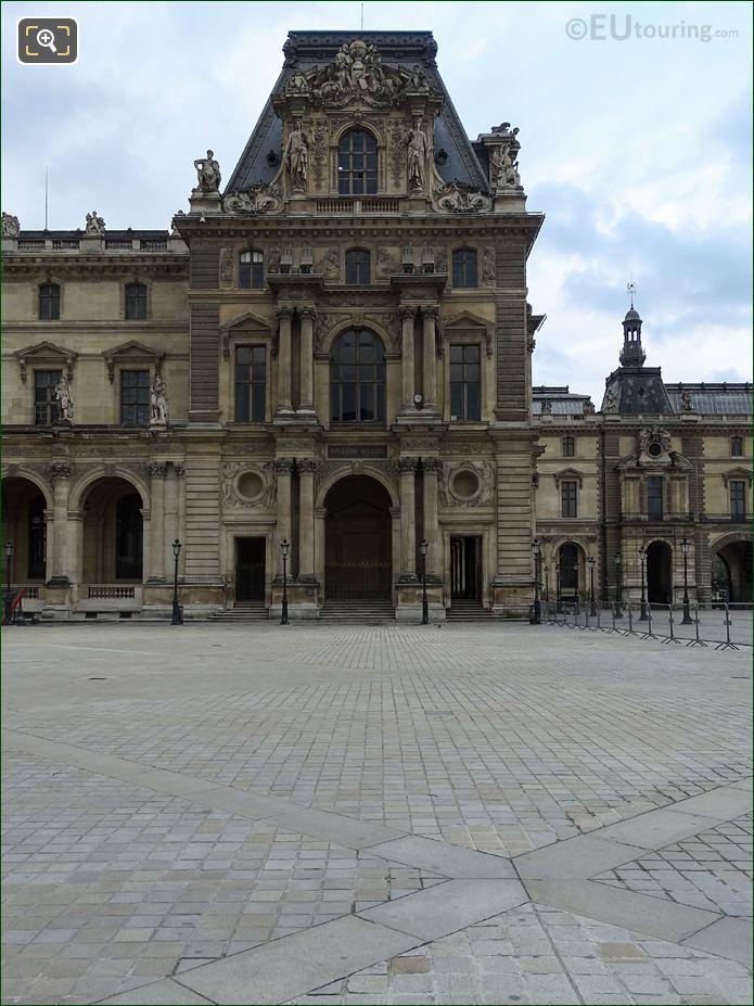 North Facade Of Pavillon Mollien With La Geometrie Et l'Astronomie Sculpture