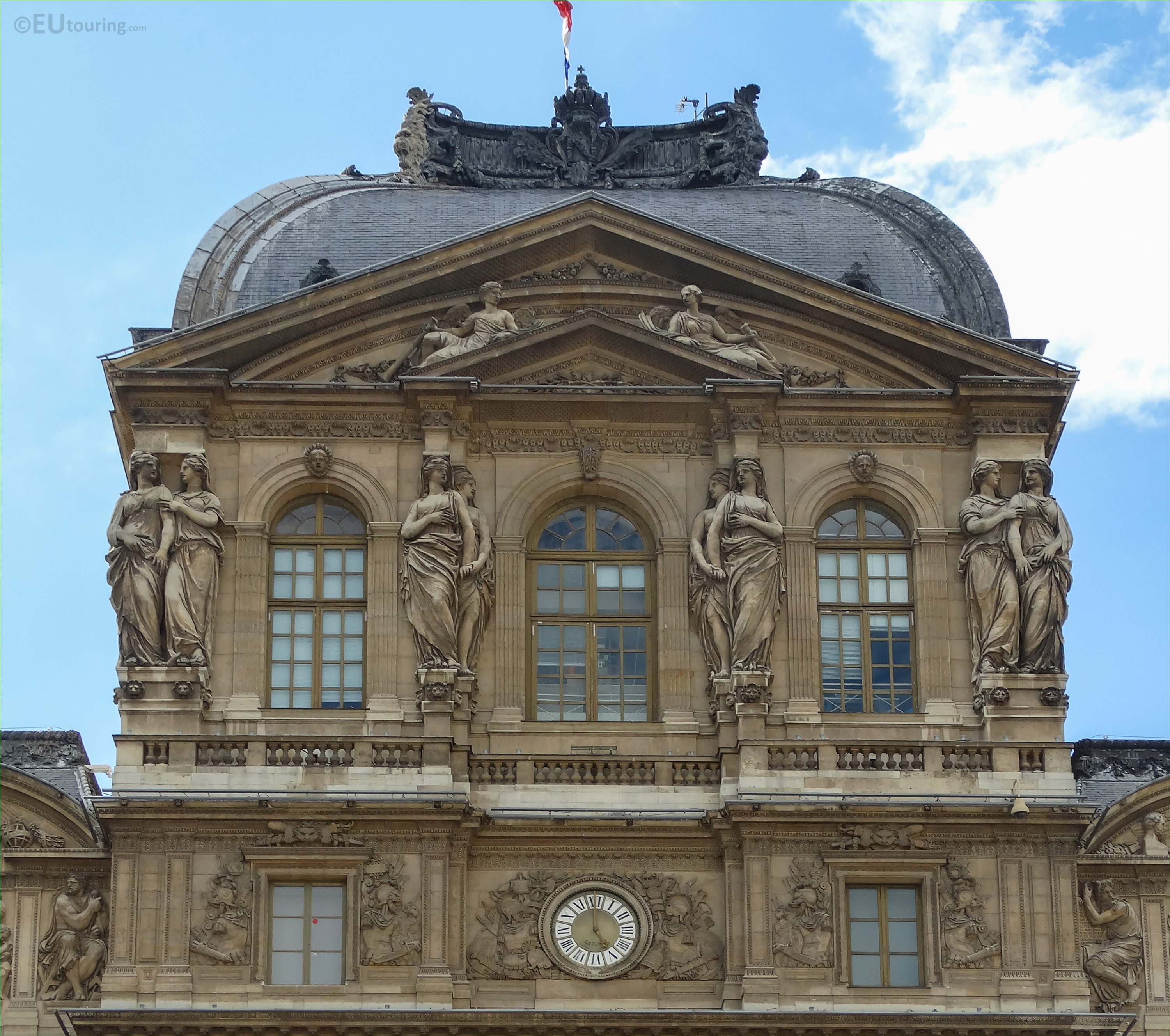 Caryatid sculptures on Pavillon de l\'Horloge 2nd from LHS - Page 1016