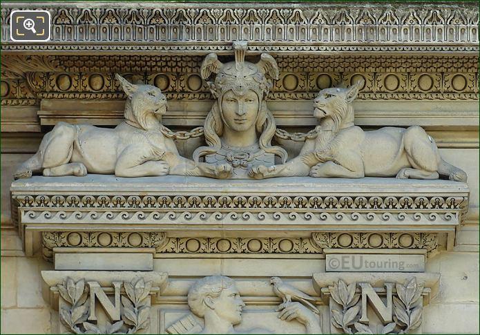 LHS Diane Statue Aile De Flore First Window