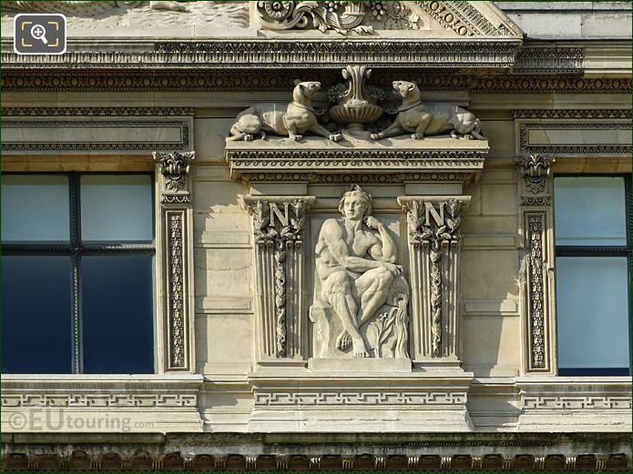 Fifth Window Right Hand Side Fleuves Sculpture On Aile De Flore