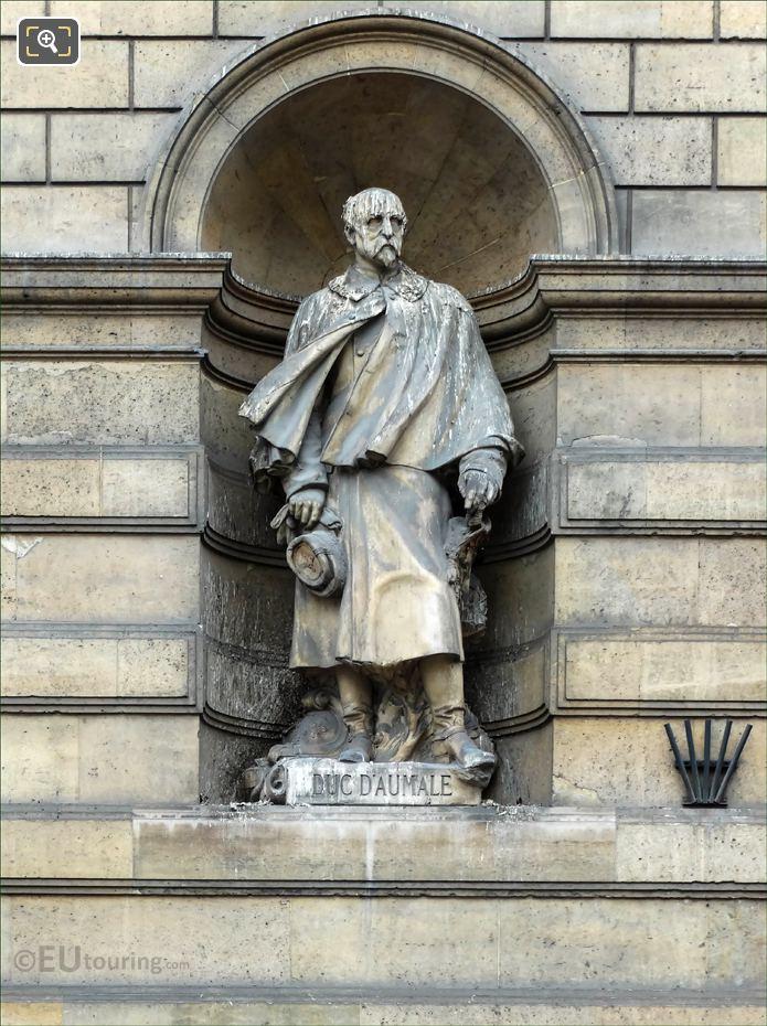 Duc D Aumale Statue On Aile De Rohan-Rivoli At Musee Louvre