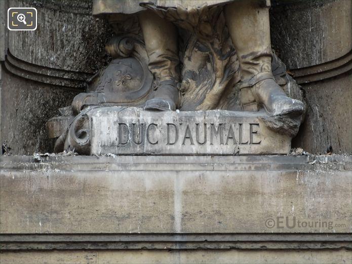 Duc D Aumale Inscription On Statue Pedestal